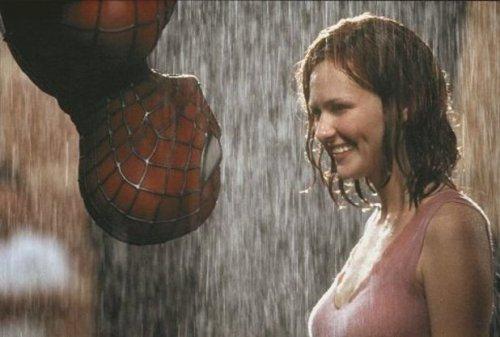 spider-man-2-toby-kirsten-moviespoon