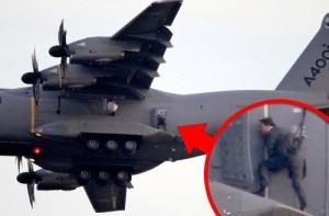 tom cruise mssion impossible plane stunt